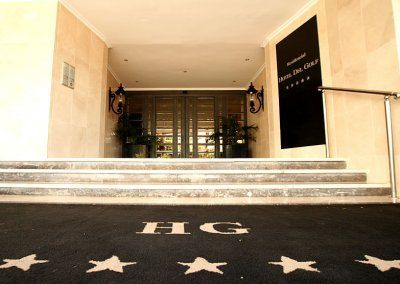 Exteriores Hotel del Golf - Entrada Principal