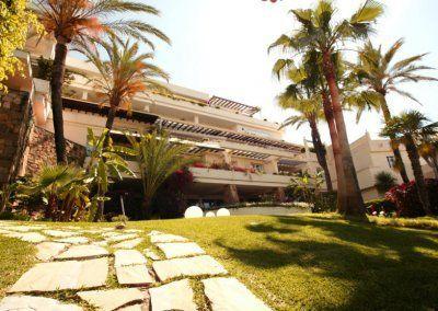 Exteriores Hotel del Golf - camino